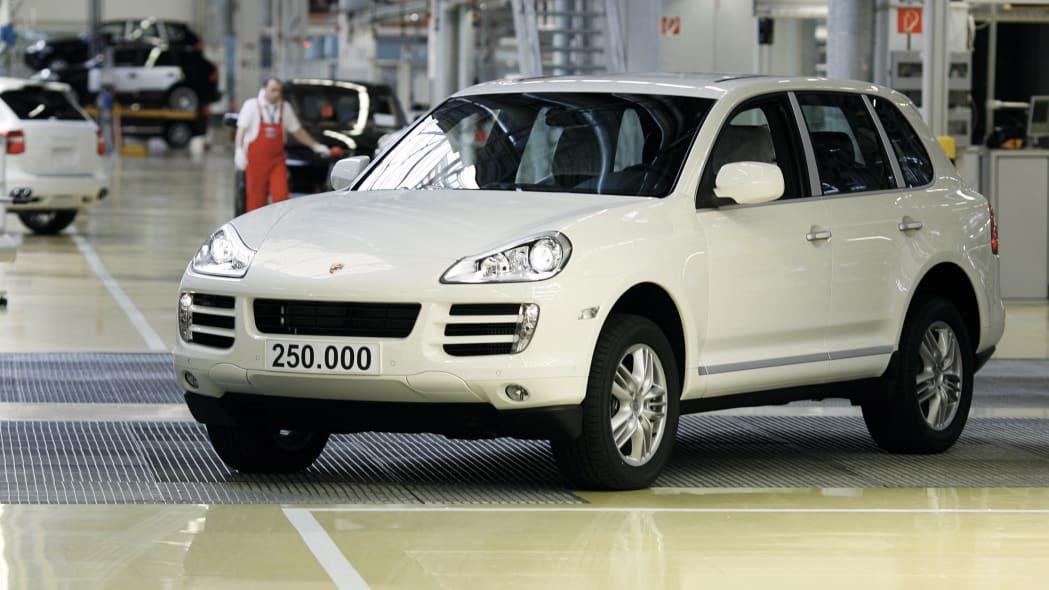 250,000th Porsche Cayenne