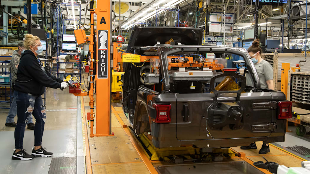 2021 Jeep Wrangler 4xe production begins