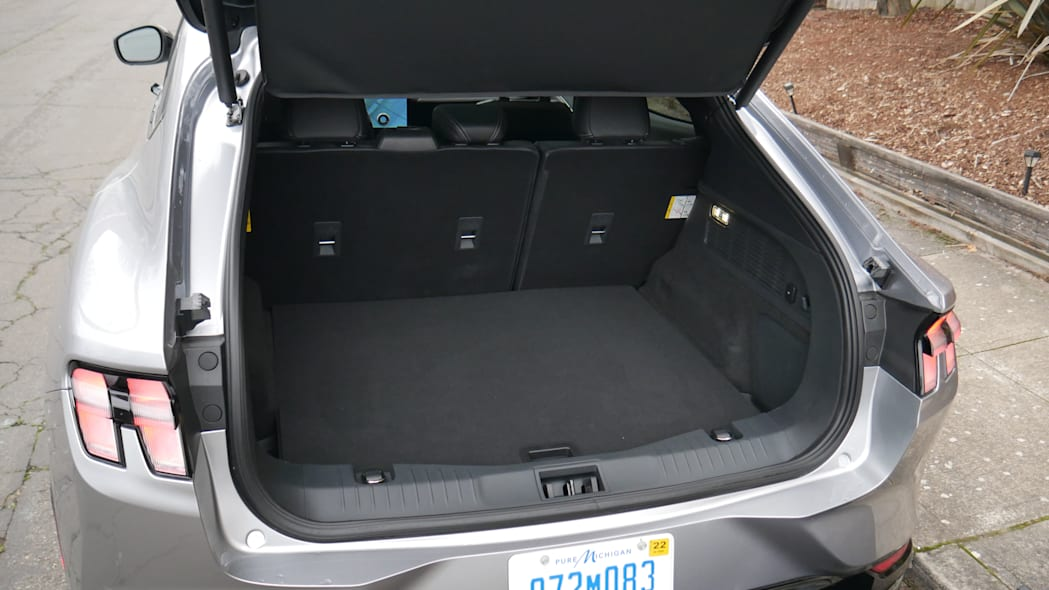 2021 Ford Mustang MachE luggage test floor high