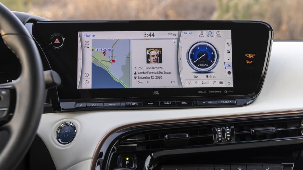 2021 Toyota Mirai tech screen home page