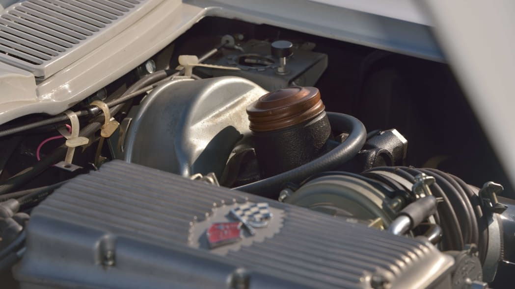 1963 Chevrolet Corvette Sting Ray Mickey Thompson 33