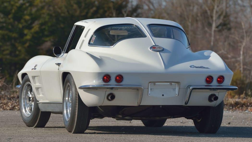 1963 Chevrolet Corvette Sting Ray Mickey Thompson 32