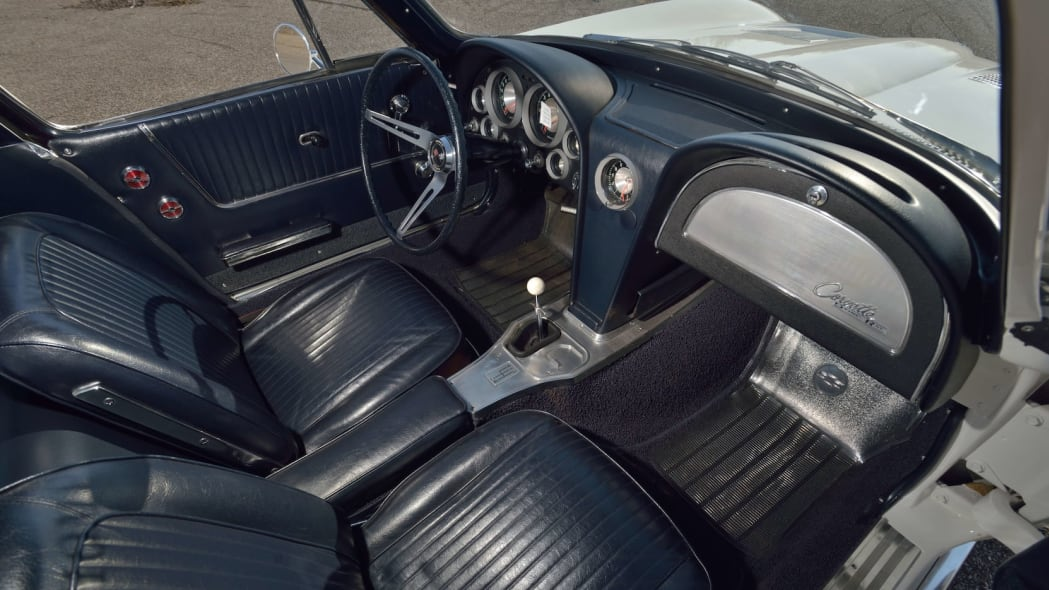 1963 Chevrolet Corvette Sting Ray Mickey Thompson 31
