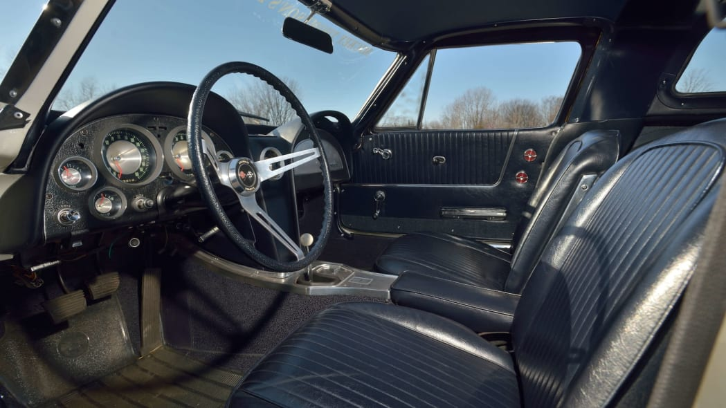 1963 Chevrolet Corvette Sting Ray Mickey Thompson 25