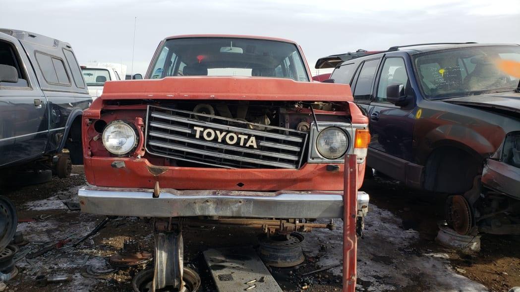 29 - 1987 Toyota Land Cruiser in Colorado Junkyard - photo by Murilee Martin