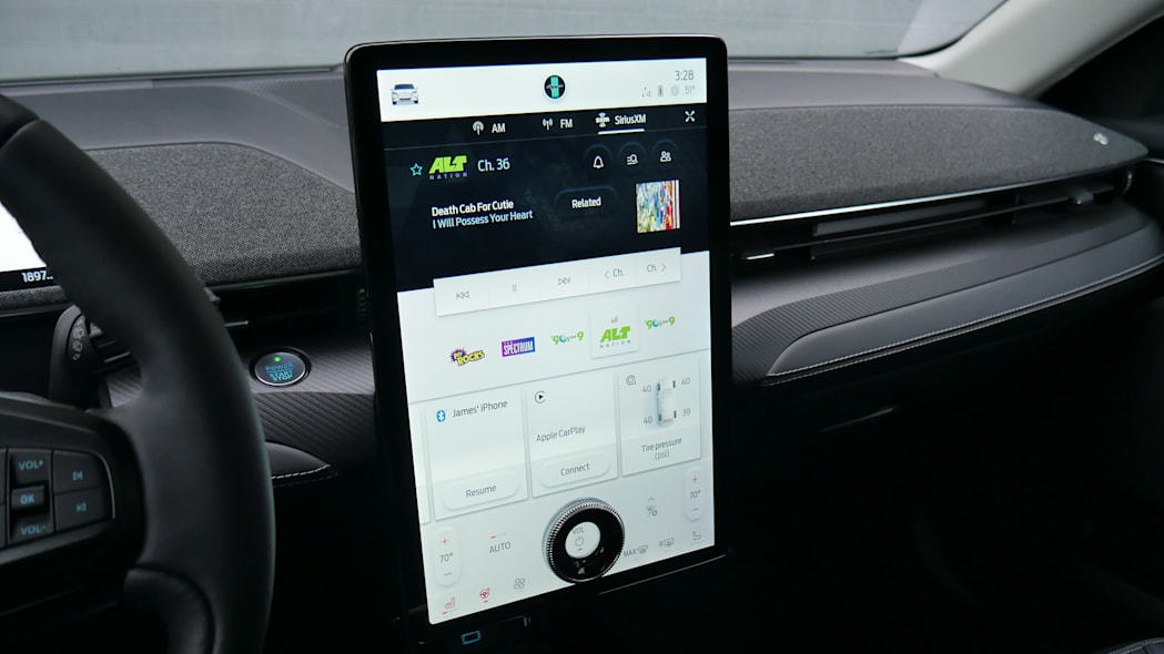 2021 Ford Mustang MachE jumbo screen audio white