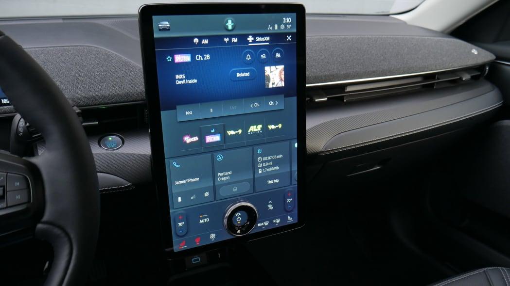 2021 Ford Mustang MachE jumbo screen