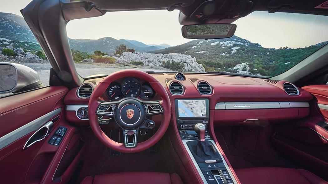 2021 Porsche Boxster 25