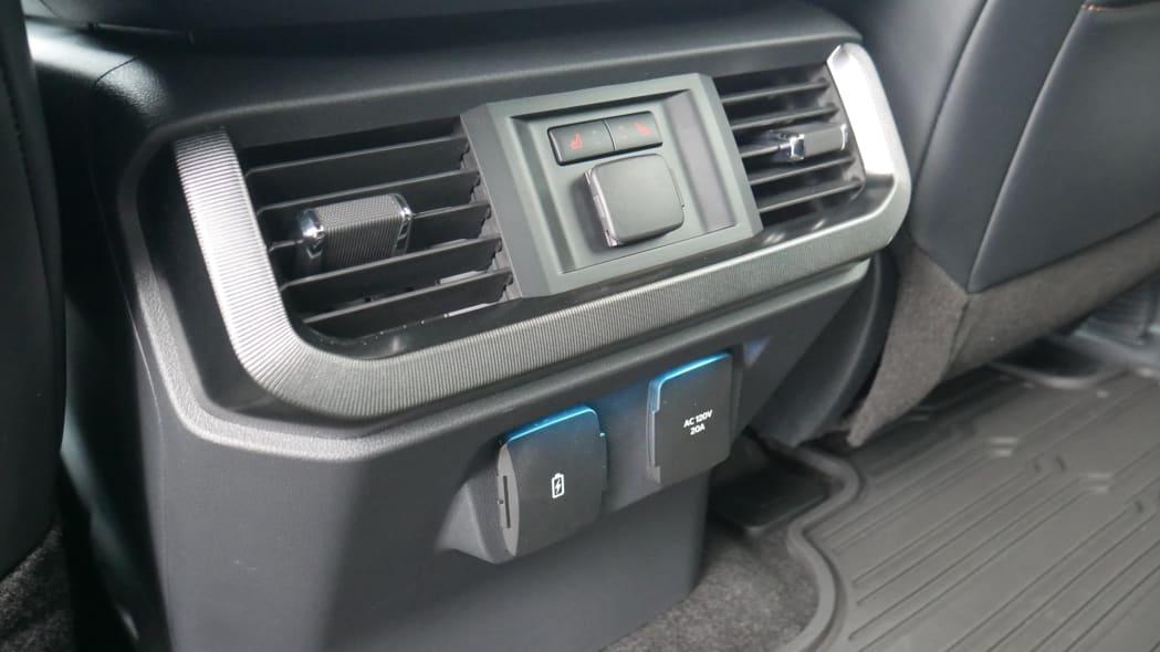 2021 Ford F-150 Super Crew Platinum PHEV back seat power
