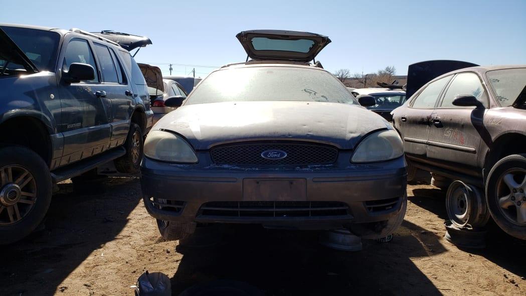 23 - 2005 Ford Taurus Wagon in Colorado Junkyard - photo by Murilee Martin