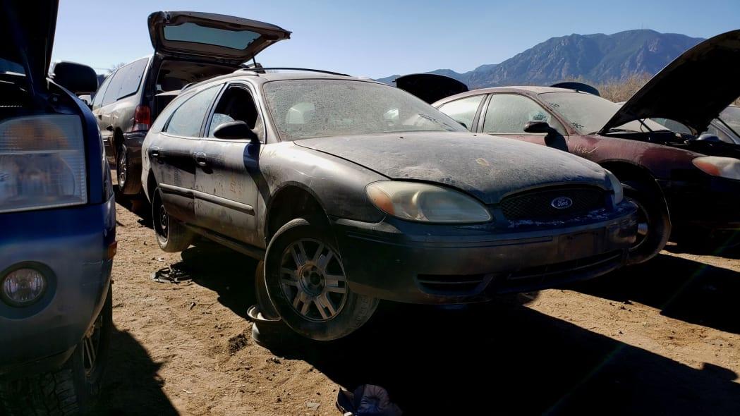 24 - 2005 Ford Taurus Wagon in Colorado Junkyard - photo by Murilee Martin