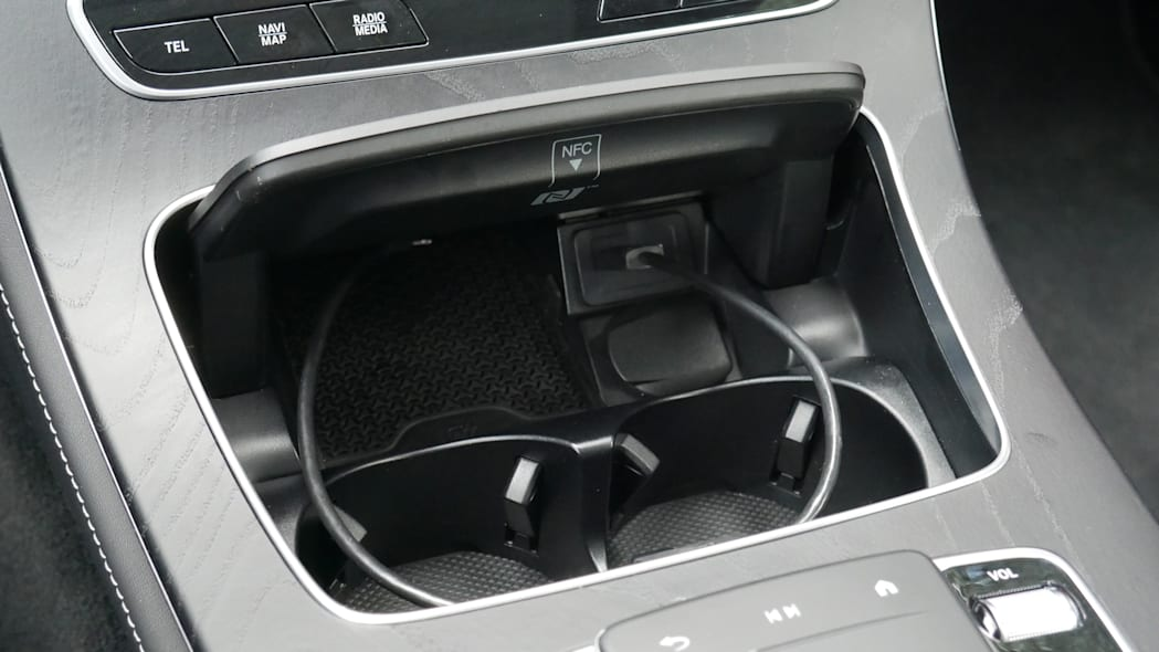 2021 Mercedes-Benz E450 Coupe phone charger and cupholders
