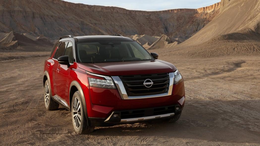 2022 Nissan Pathfinder_L-19