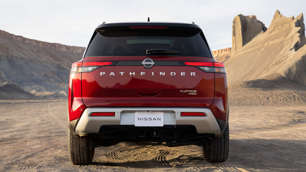 2022 Nissan Pathfinder_L-22