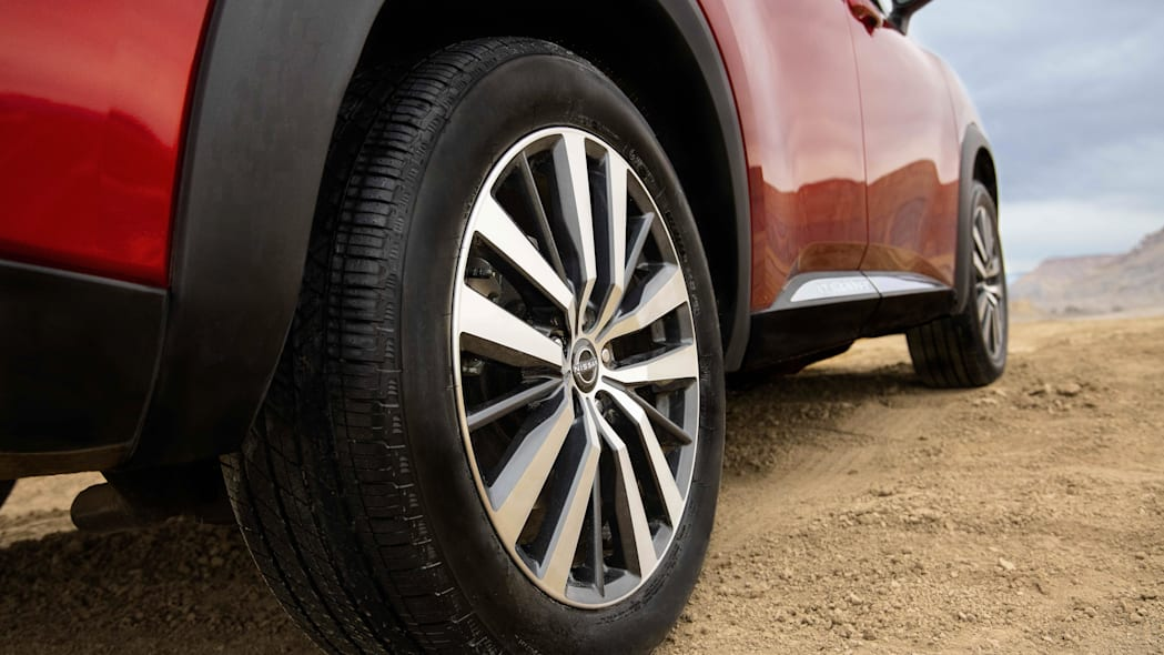 2022 Nissan Pathfinder_L-38