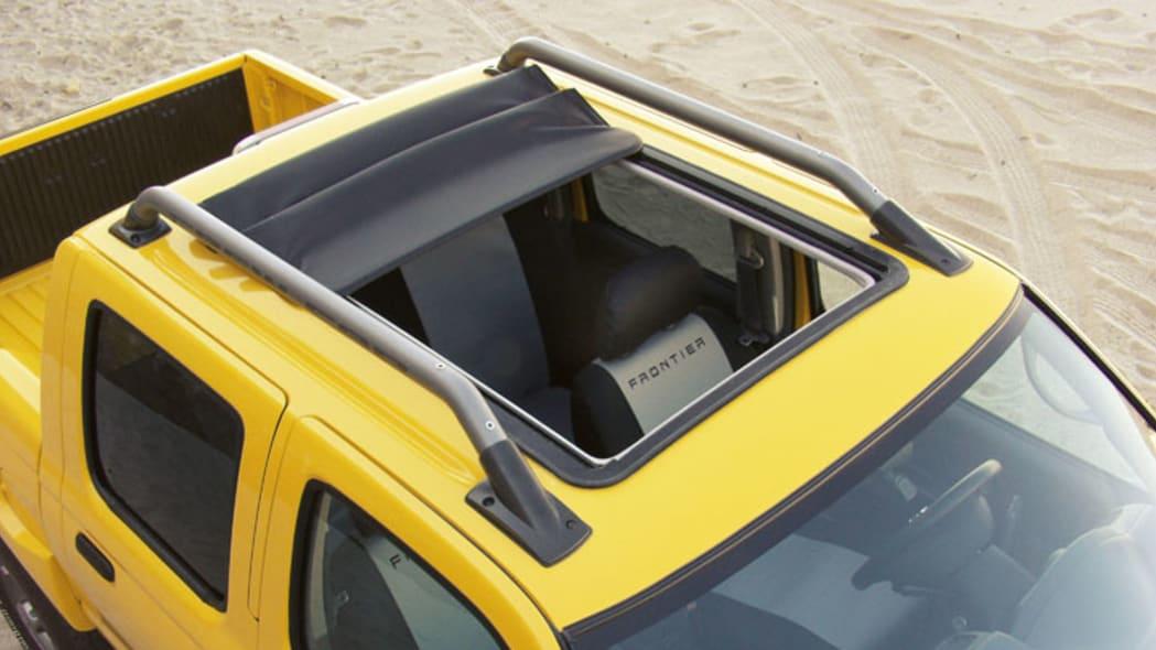 Nissan Frontier 'Open Sky' roof