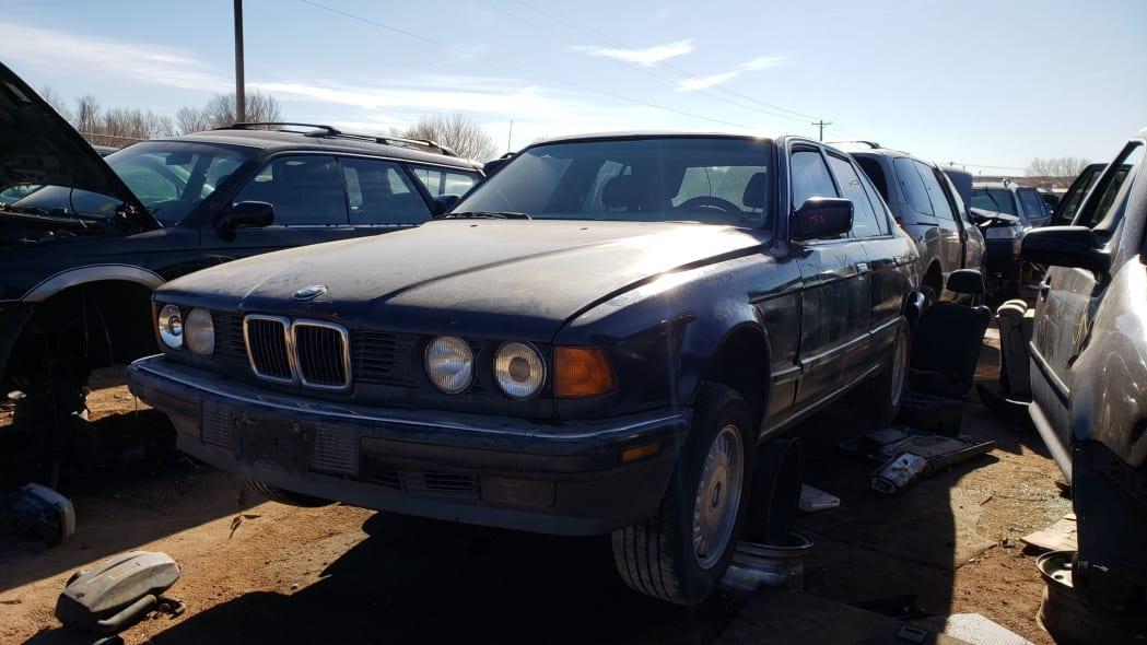 20 - 1987 BMW 735i in Colorado junkyard - photo by Murilee Martin