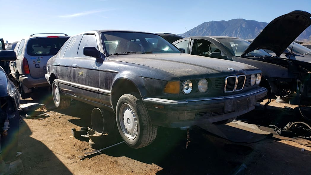 99 - 1987 BMW 735i in Colorado junkyard - photo by Murilee Martin