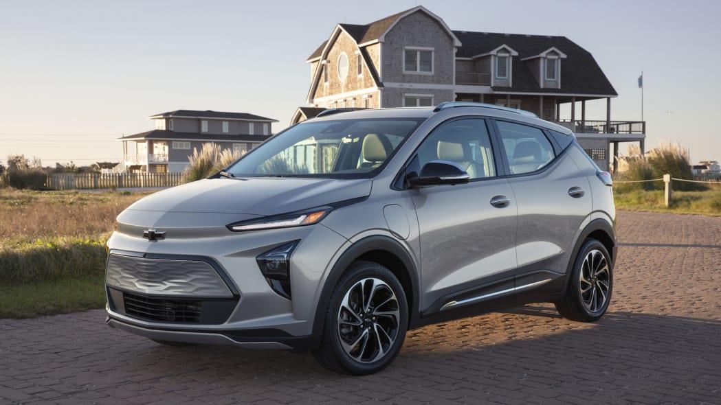 2022 Chevrolet Bolt EUV front house