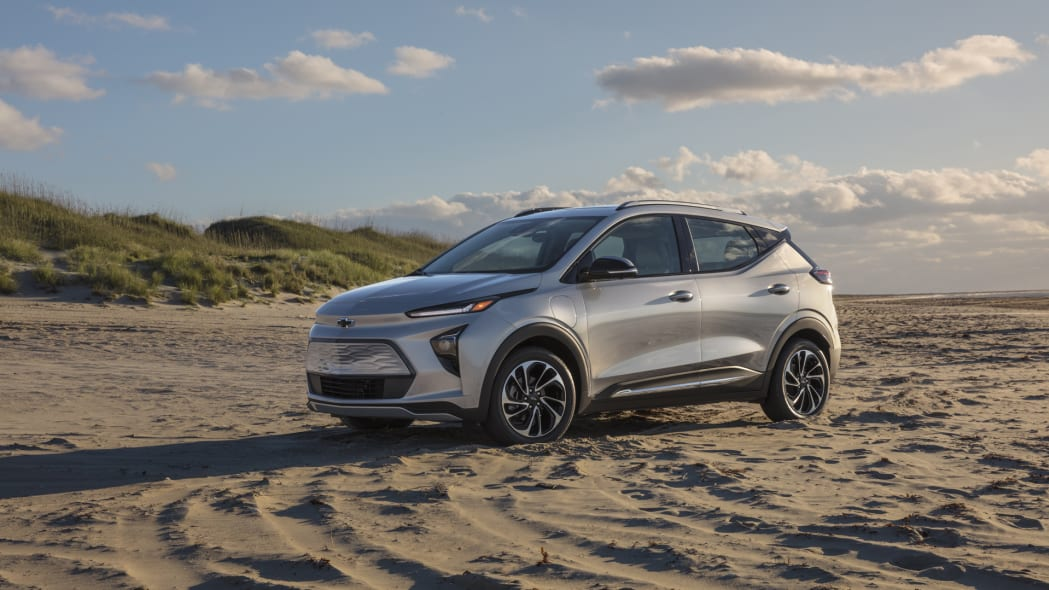 2022 Chevrolet Bolt EUV good luck without awd