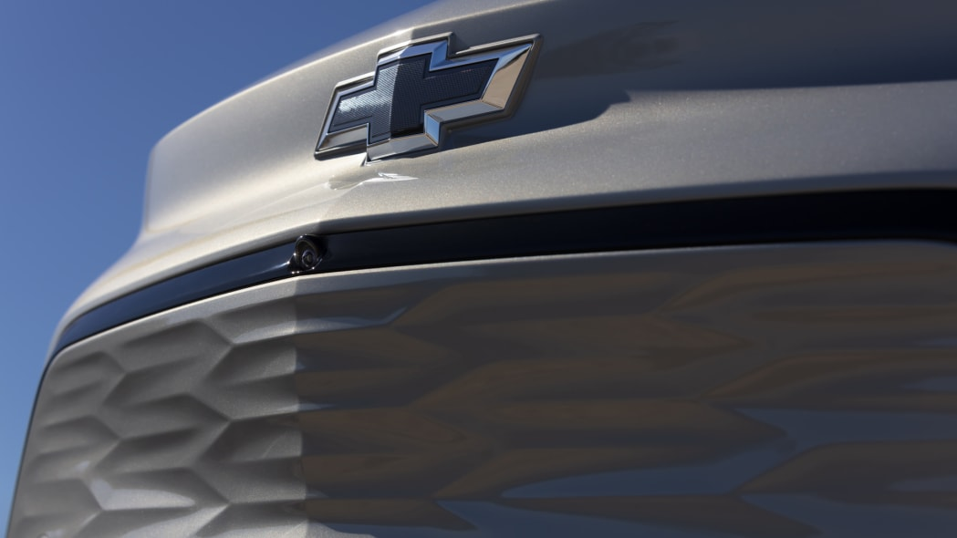 2022 Chevrolet Bolt EUV grille