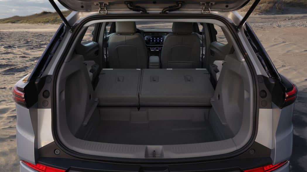 2022 Chevrolet Bolt EUV cargo 2