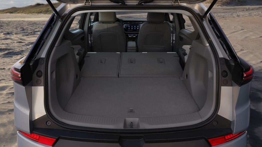 2022 Chevrolet Bolt EUV cargo 1
