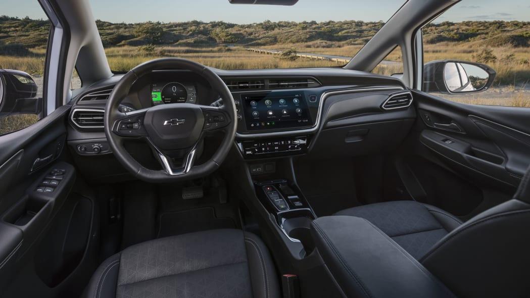 2022 Chevrolet Bolt EV interior
