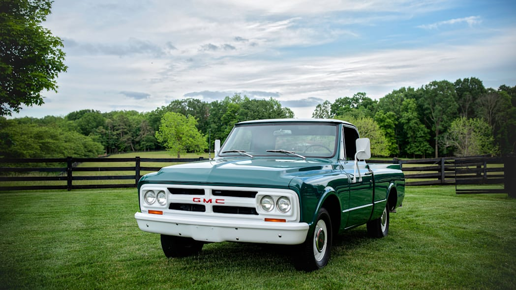 1967-gmc-pickup front