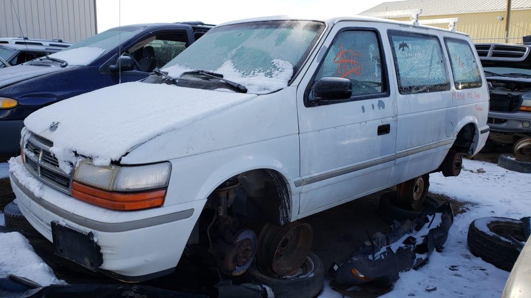 99 - 1992 Dodge Caravan in Colorado Junkyard - photo by Murilee Martin