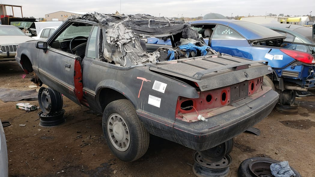 34 - 1993 Ford Mustang Convertible in Denver junkyard - photo by Murilee Martin