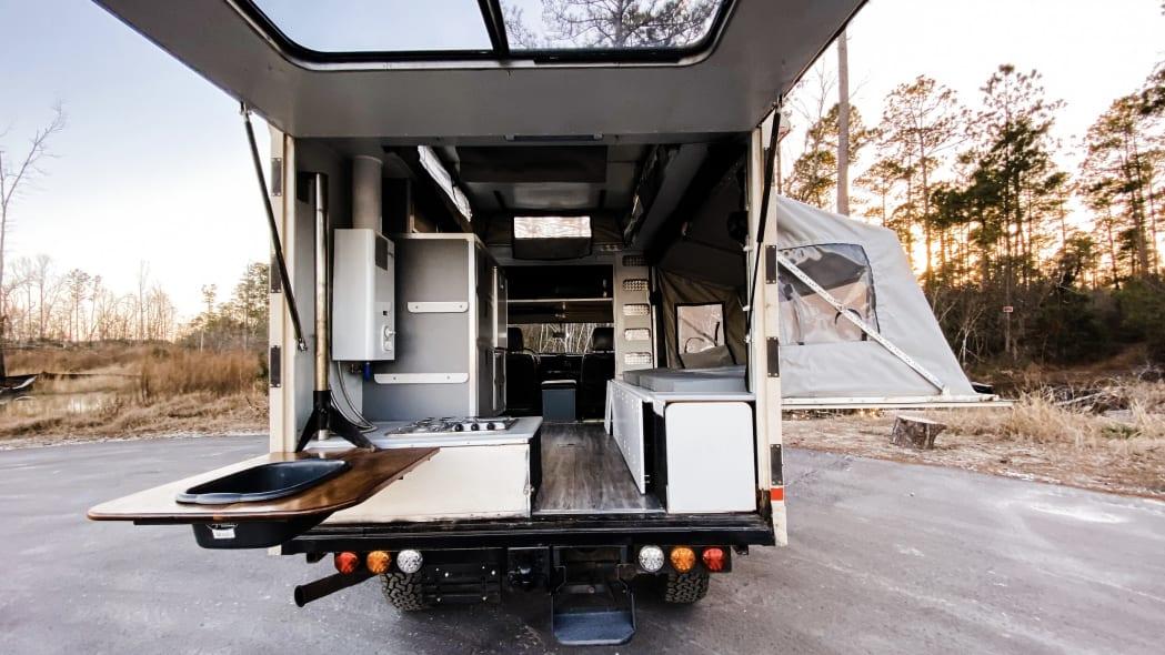 camper rear open