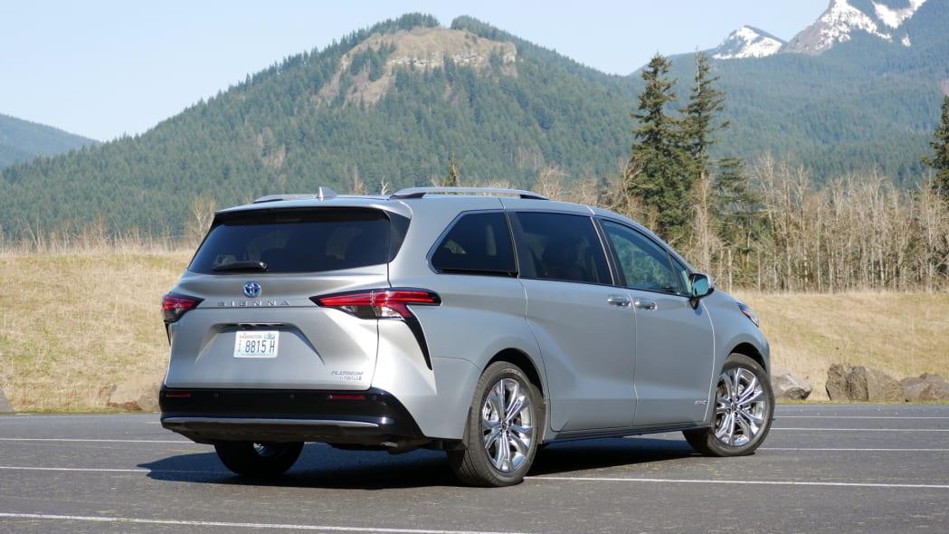 2021 Toyota Sienna Platinum rear