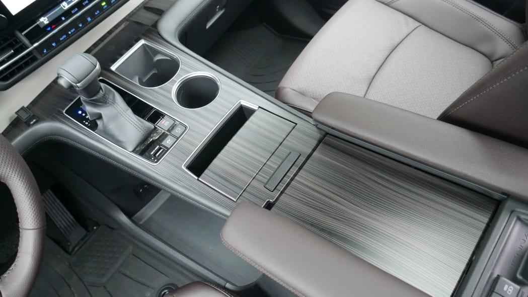 2021 Toyota Sienna interior center console closed