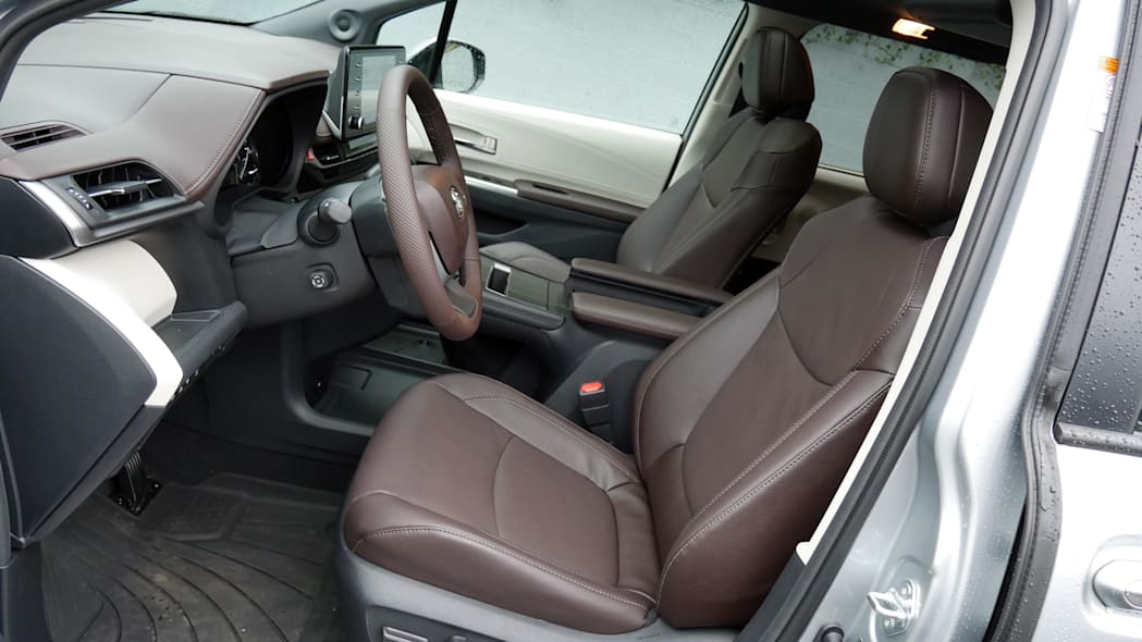 2021 Toyota Sienna interior front seat
