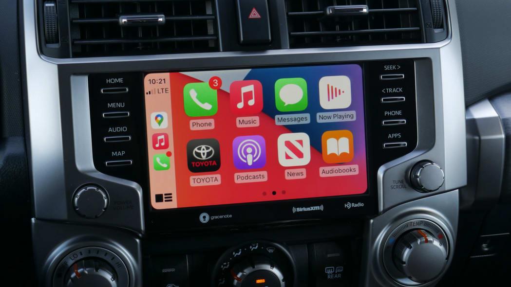 2021 Toyota 4Runner Trail Edition interior touchscreen apple carplay