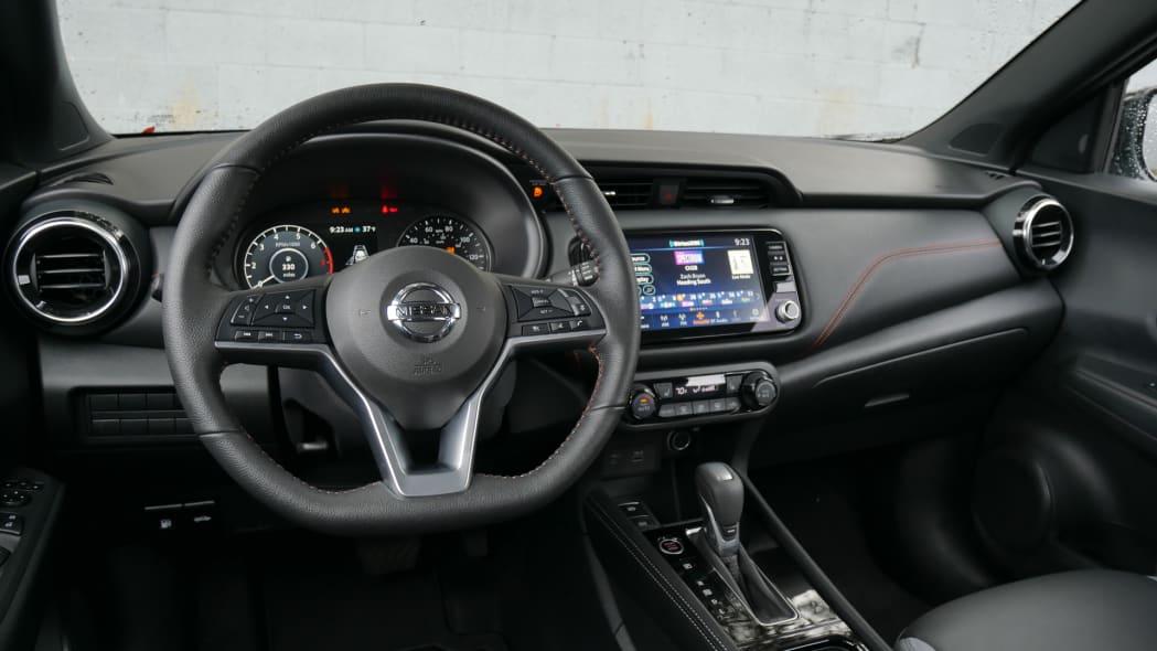 2021 Nissan Kicks SR Premium Interior low