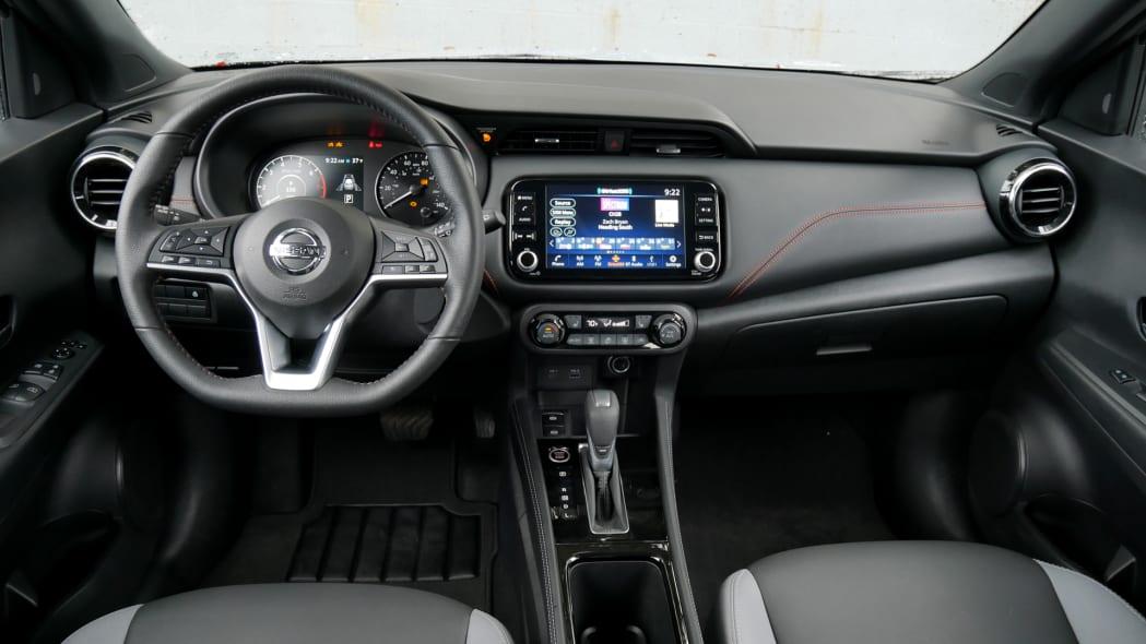 2021 Nissan Kicks SR Premium Interior