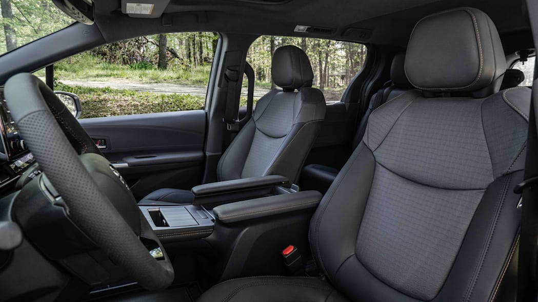 2022_Toyota_Sienna_Woodland_Special_Edition_016-scaled