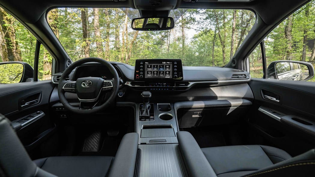 2022_Toyota_Sienna_Woodland_Special_Edition_019-scaled