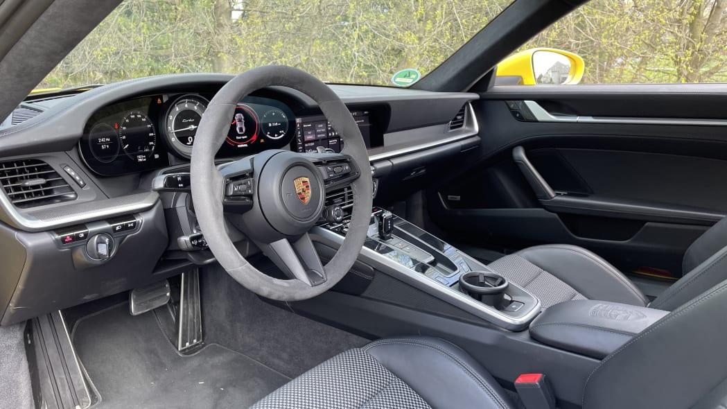 2021 Porsche 911 Turbo interior