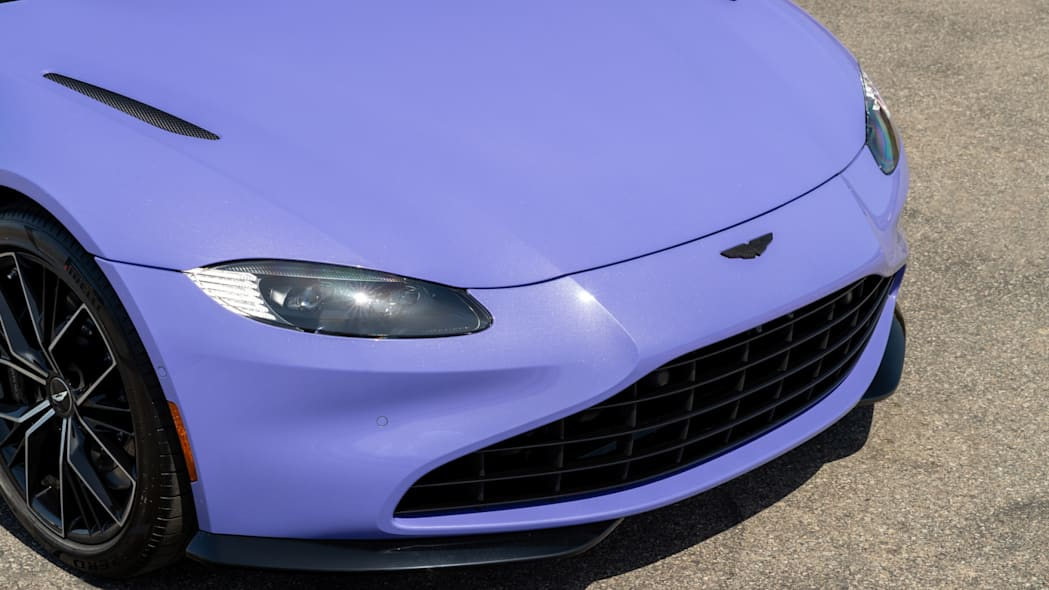 Aston Martin Newport Beach Vantage Ultra Violet 04