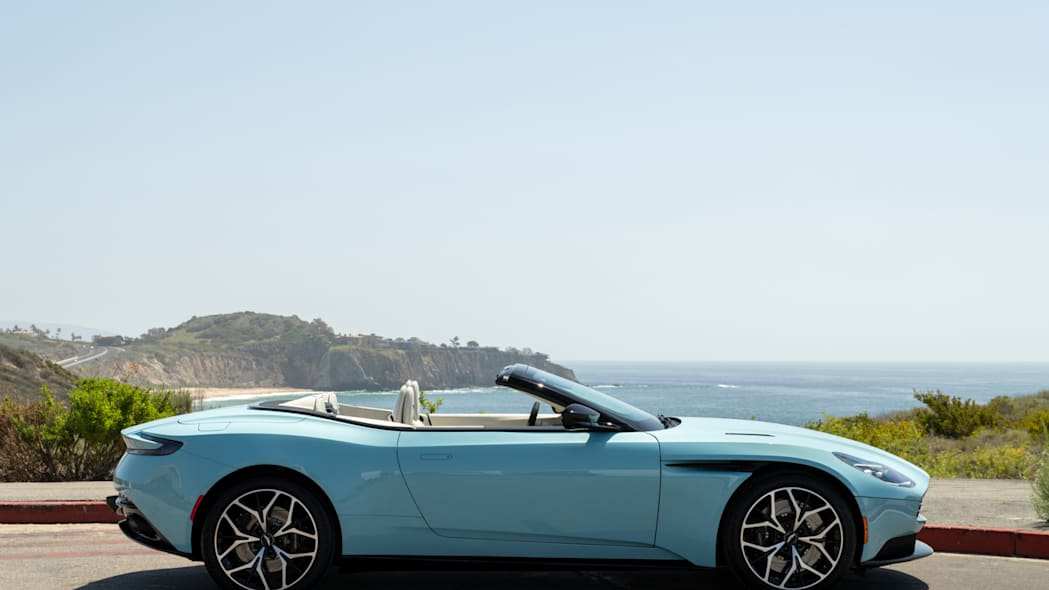 Aston Martin Newport Beach DB11 Volante Clear Water 02
