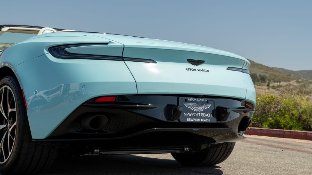 Aston Martin Newport Beach DB11 Volante Clear Water 04