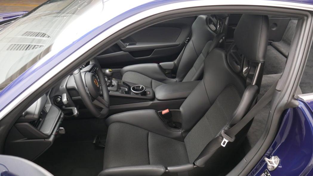 2022 Porsche 911 GT3 Touring fixed seats