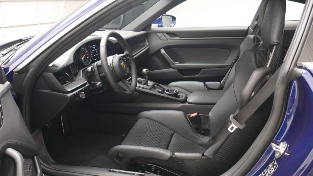2022 Porsche 911 GT3 Touring front seats