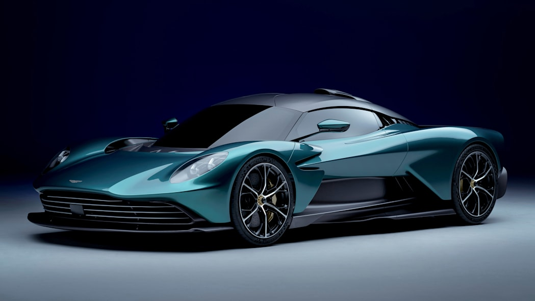 Aston Martin Valhalla_02