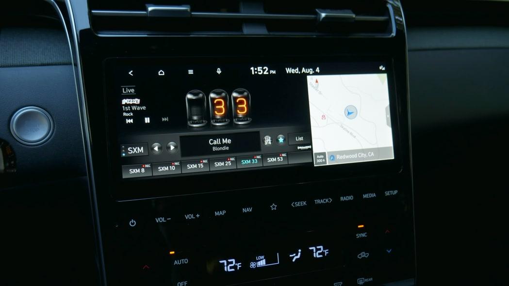 2022 Hyundai Santa Cruz touchscreen radio