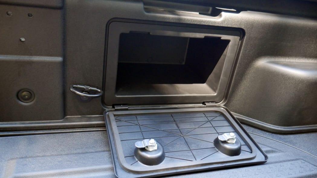2022 Hyundai Santa Cruz bed bin left