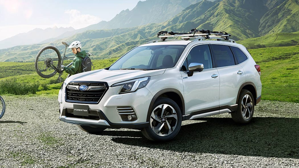 Subaru Forester Japan 2022 facelift exterior 02
